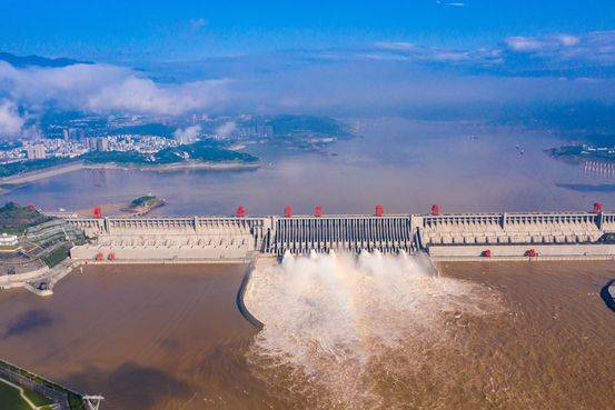 三峡水库开启正常运行期175米蓄水元年