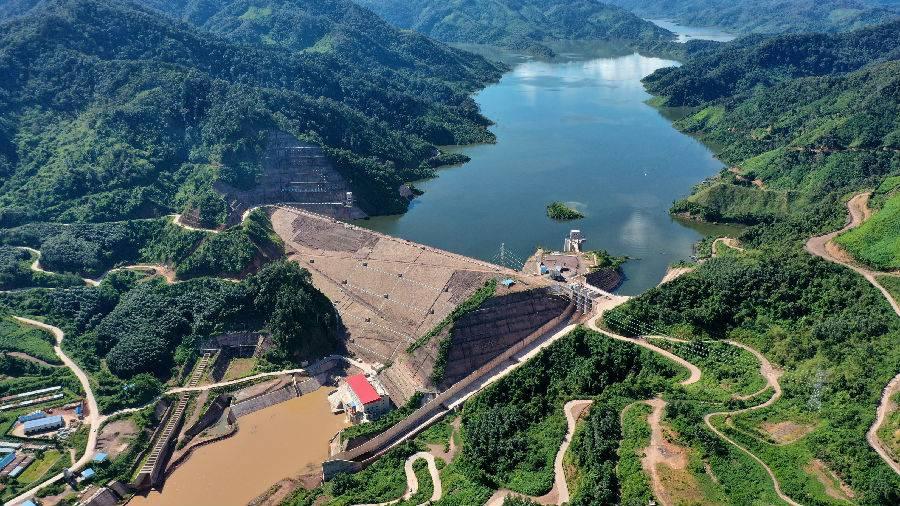 中国电建投资建设的老挝南欧江七级水电站机组并网发电