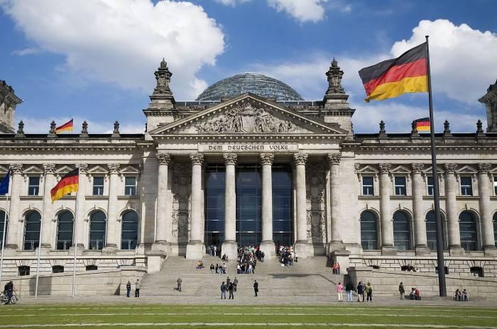 """研究显示德国实现""""碳中和""""目标需花费5万亿欧元"""