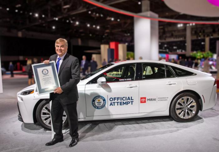丰田Mirai氢燃料电池车凭借845英里的零排放之旅创吉尼斯世界纪录