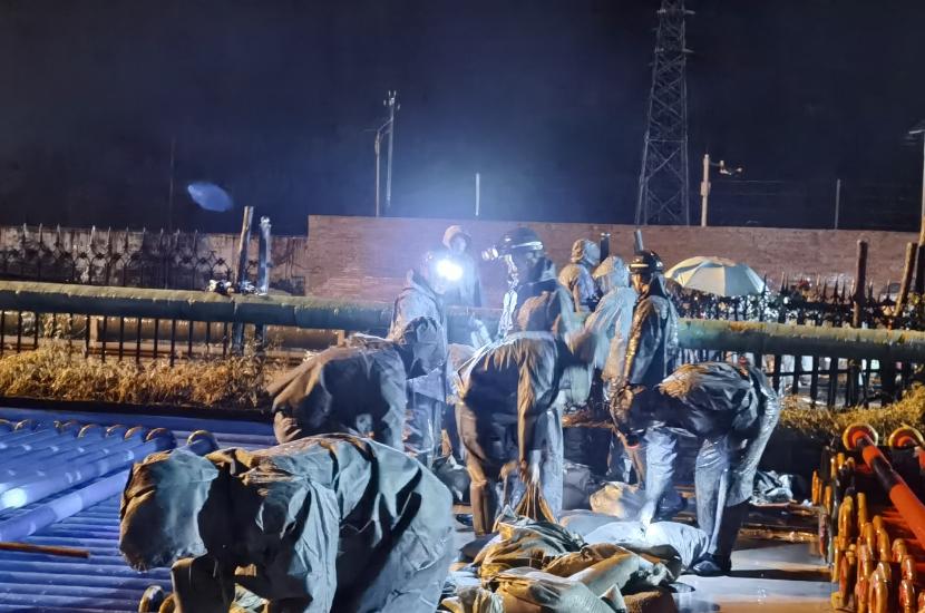 中煤三建二十九处黄陵项目部积极开展防汛抗洪行动